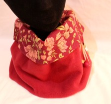 Snoo rouge feuilles 2